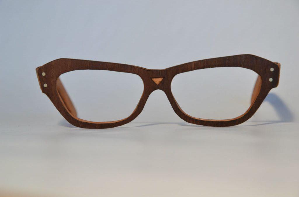 "Holzbrillenbaukurs ""classes of glasses"""